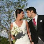 Consejos para elegir el vestido de novia si te casas en verano